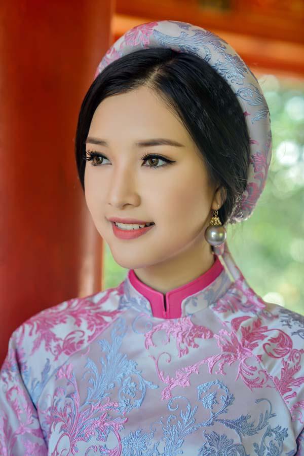 gợi ý mặc áo dài cưới đẹp cho cô dâu