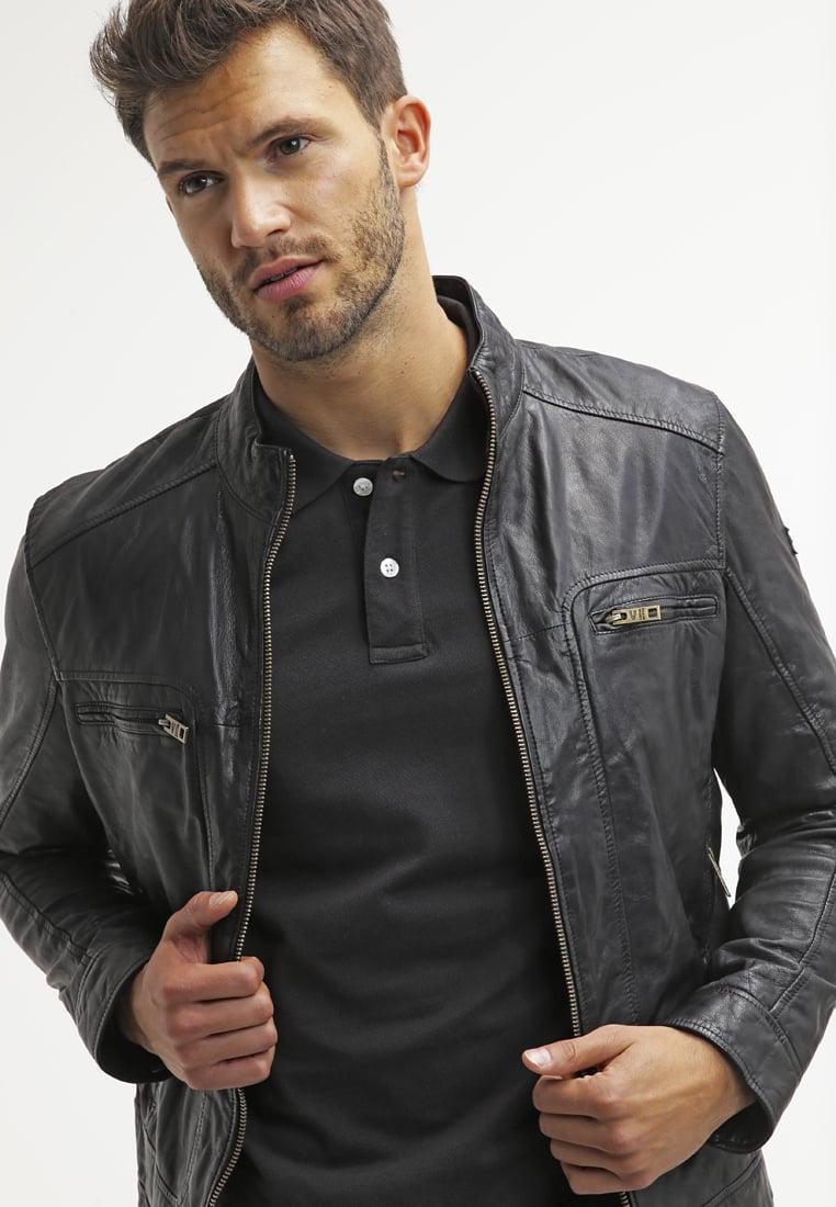 kết hợp áo polo nam với áo khoác da